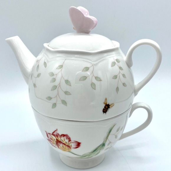 H138773 Lenox Butterfly Stacked Tea Set